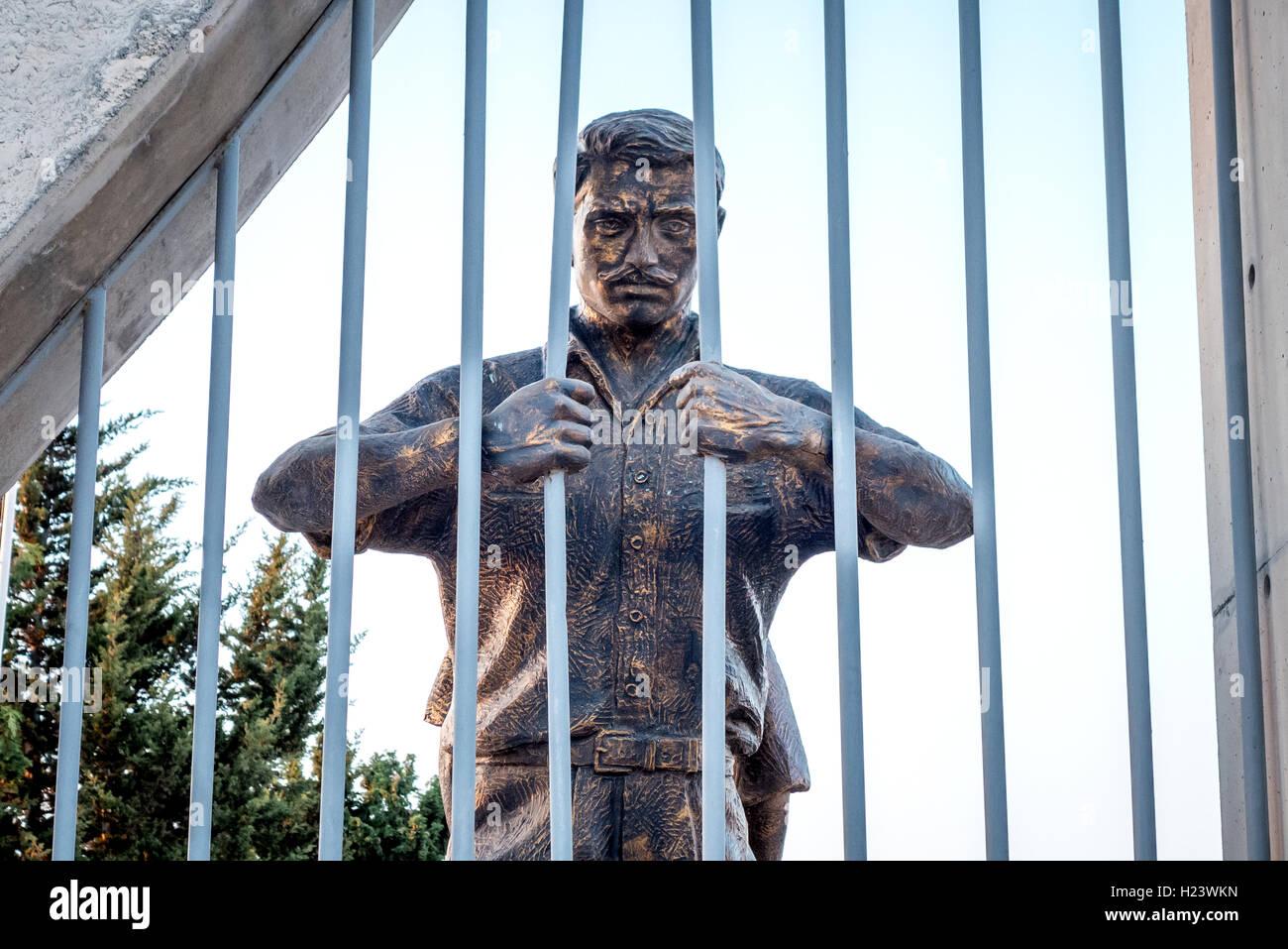 Peace memorial sculpture in the city of Kyrenia - Stock Image