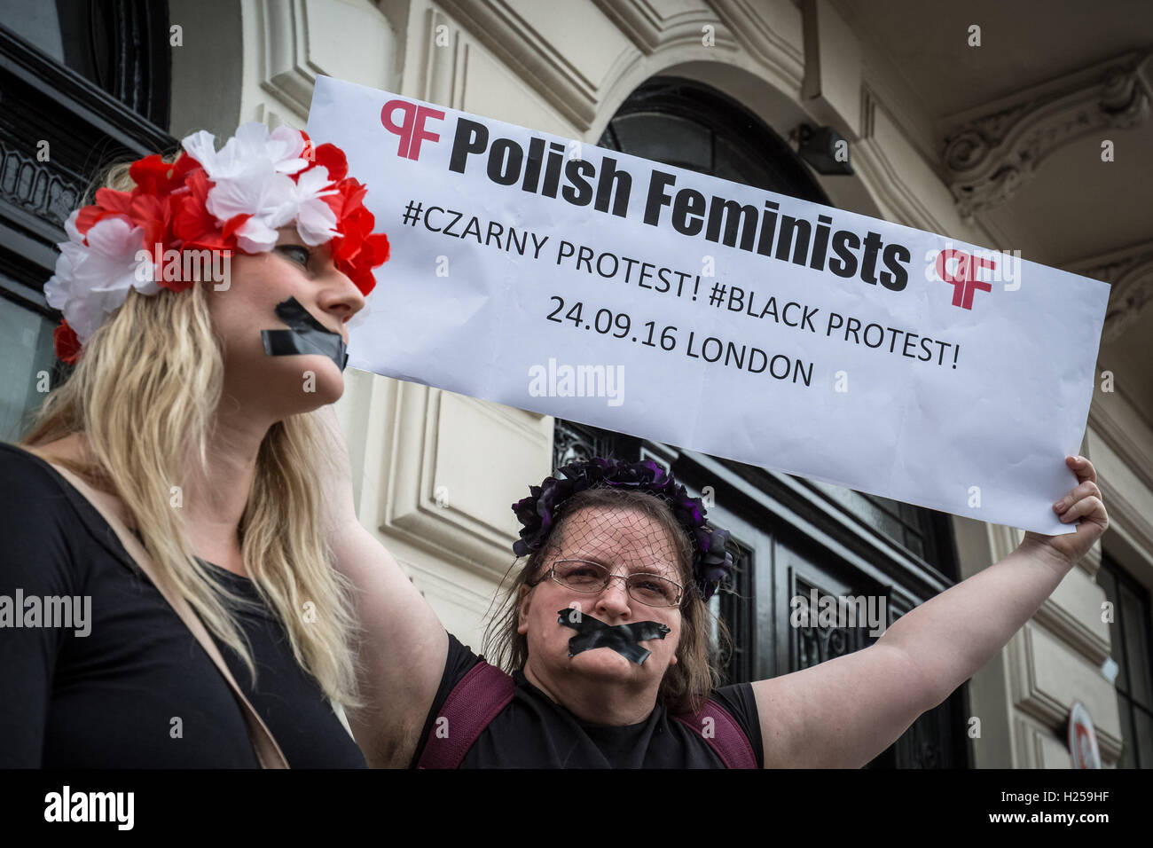London, UK. 24th September, 2016. Protest outside the Polish Embassy in London against Poland's right-wing lawmakers Stock Photo