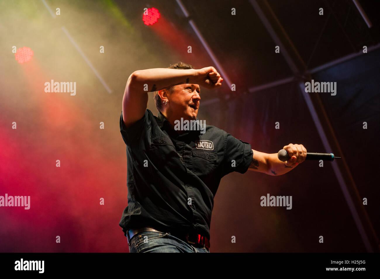 Barcelona,  Spain. 24th September 2016. Fermin Muguruza & Manu Chao performs in concert during day 3 of Festes de Stock Photo
