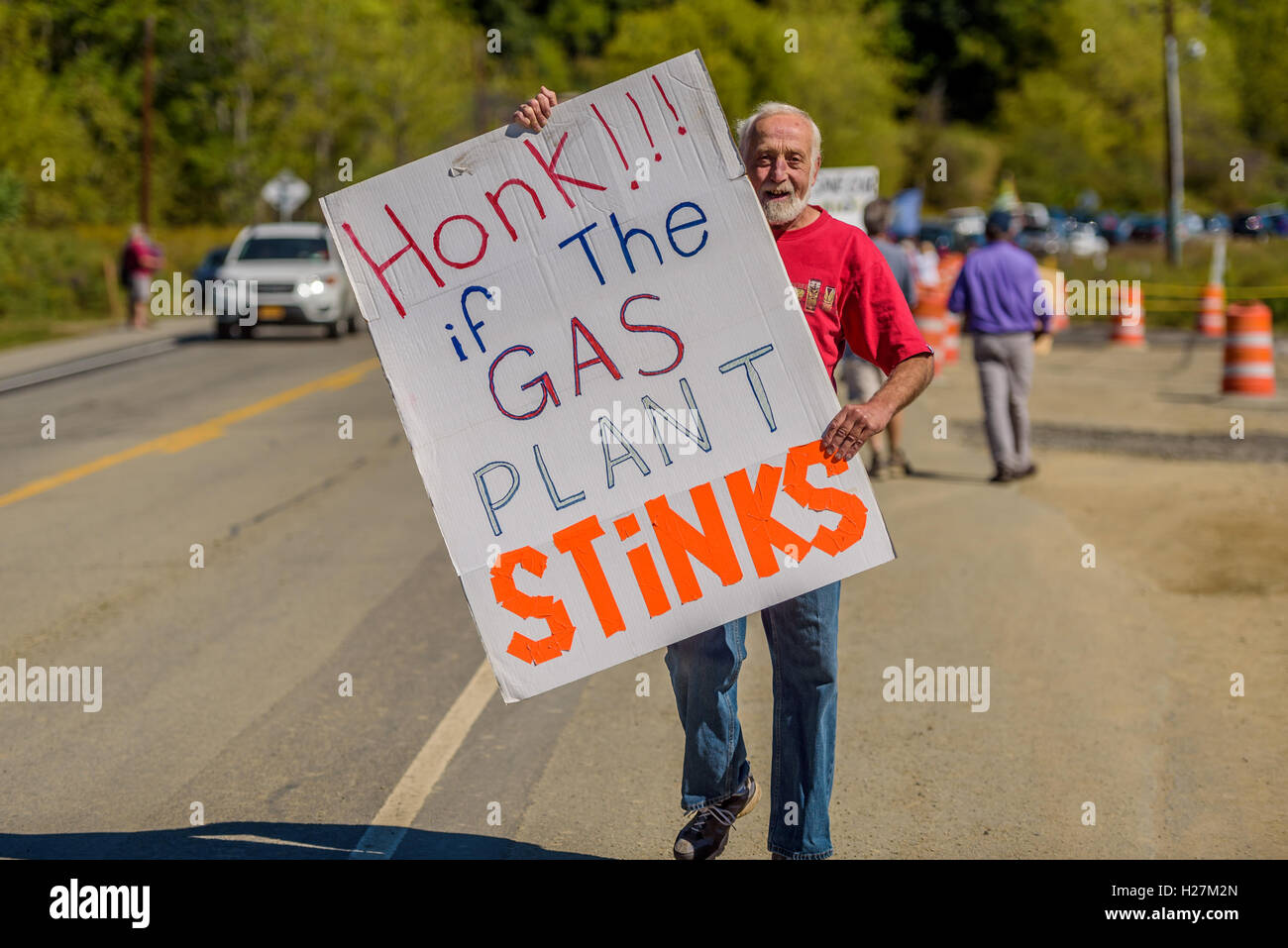 Wawayanda, United States. 24th Sep, 2016. Local residents and activist groups held a press conference and a protest - Stock Image