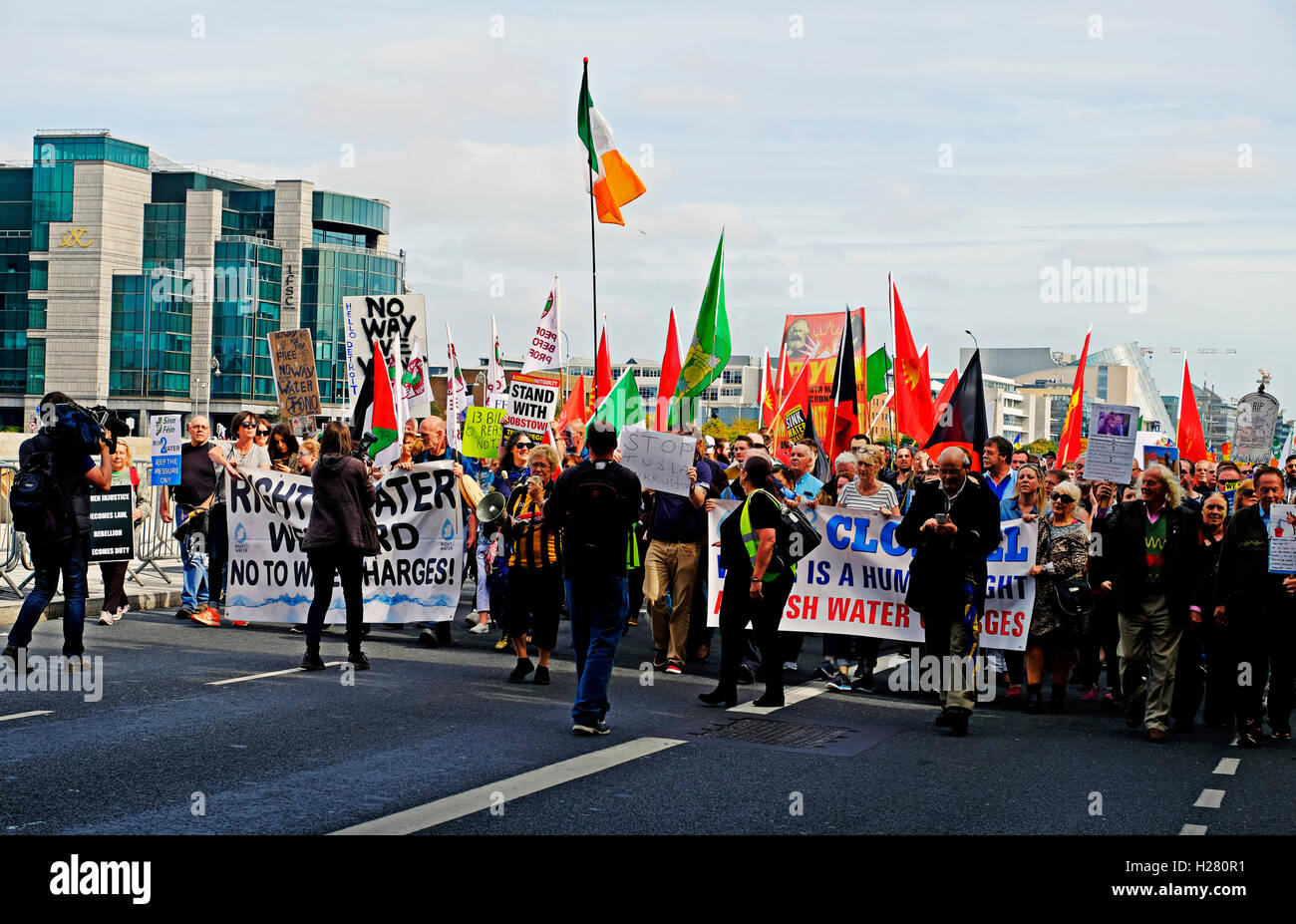 Water Charges protestors pause in their march through Dublin Ireland September 2016 - Stock Image