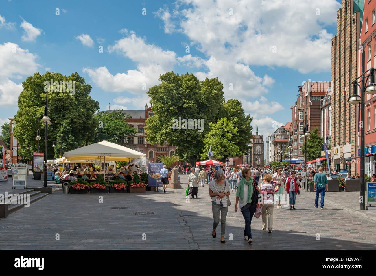 University Square, Rostock, Mecklenburg-Vorpommern, Germany - Stock Image