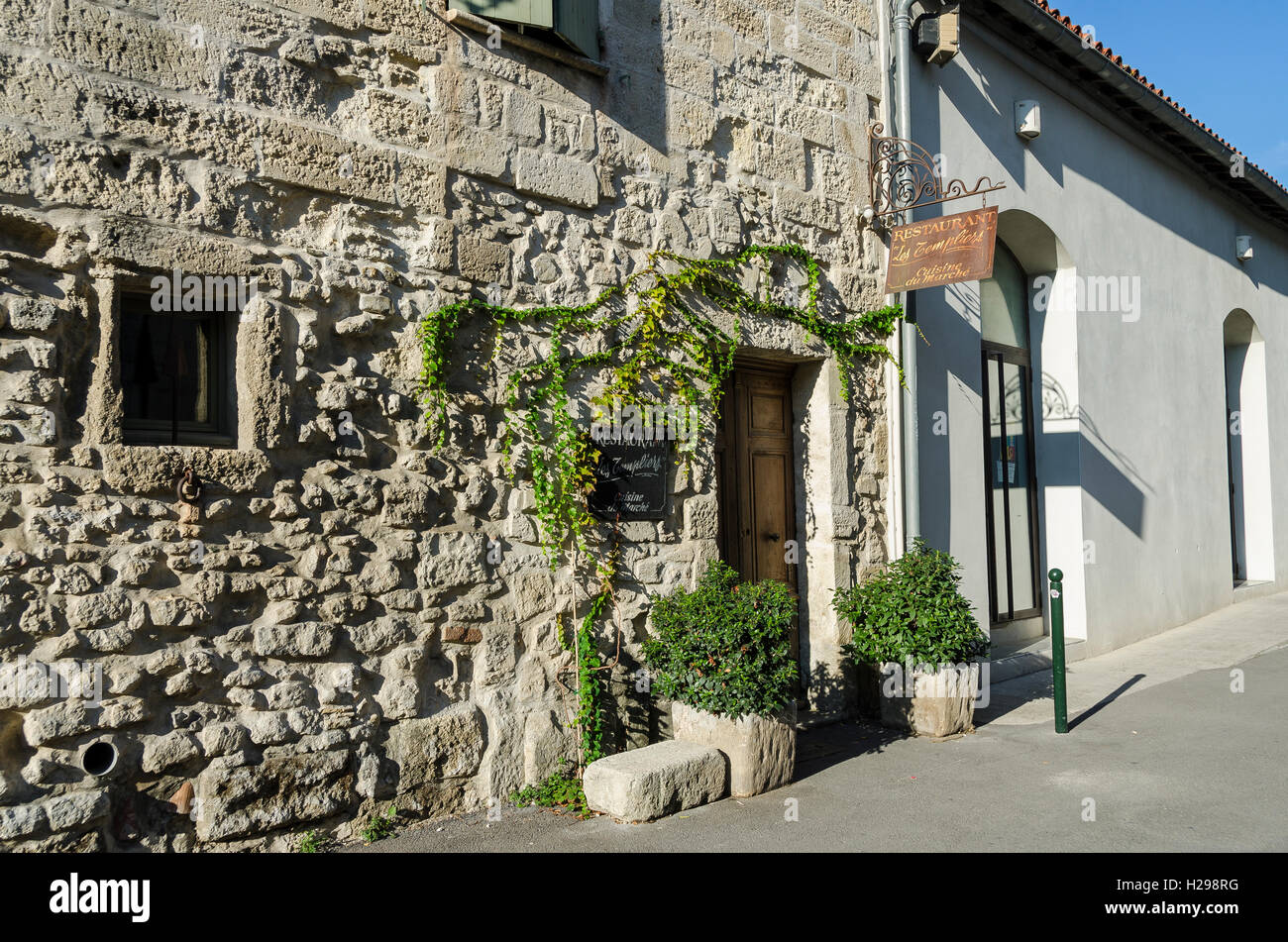Restaurant, Aigues Mortes, Gard, Provence, France - Stock Image