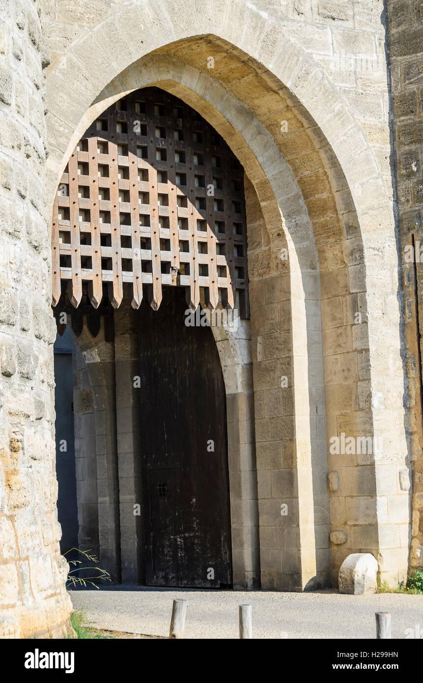 Porte et herse, Aigues Mortes, Gard, France - Stock Image