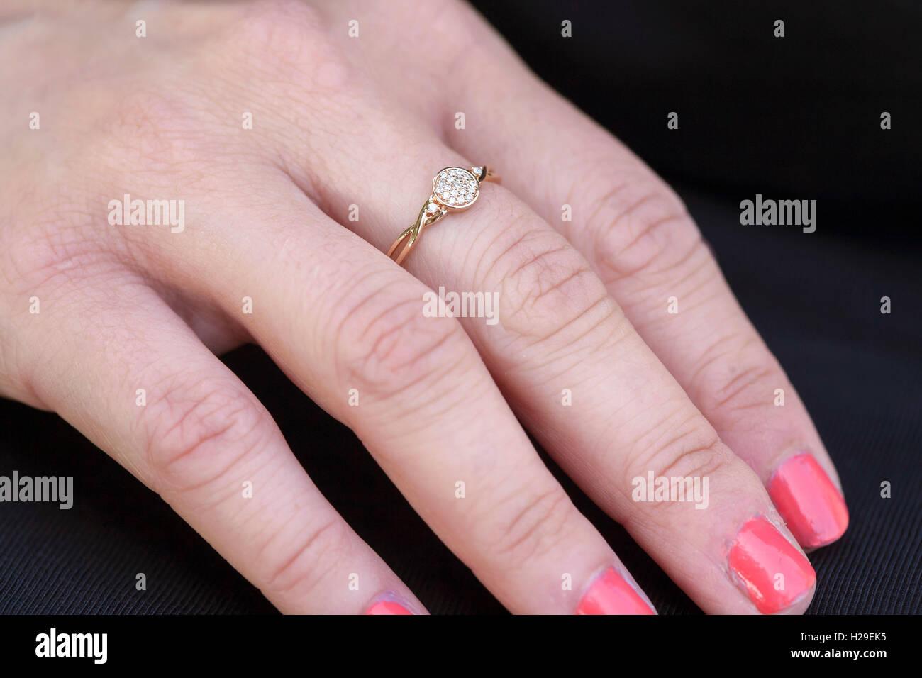 Engagement luxury ring on female hand Stock Photo: 121910969 - Alamy