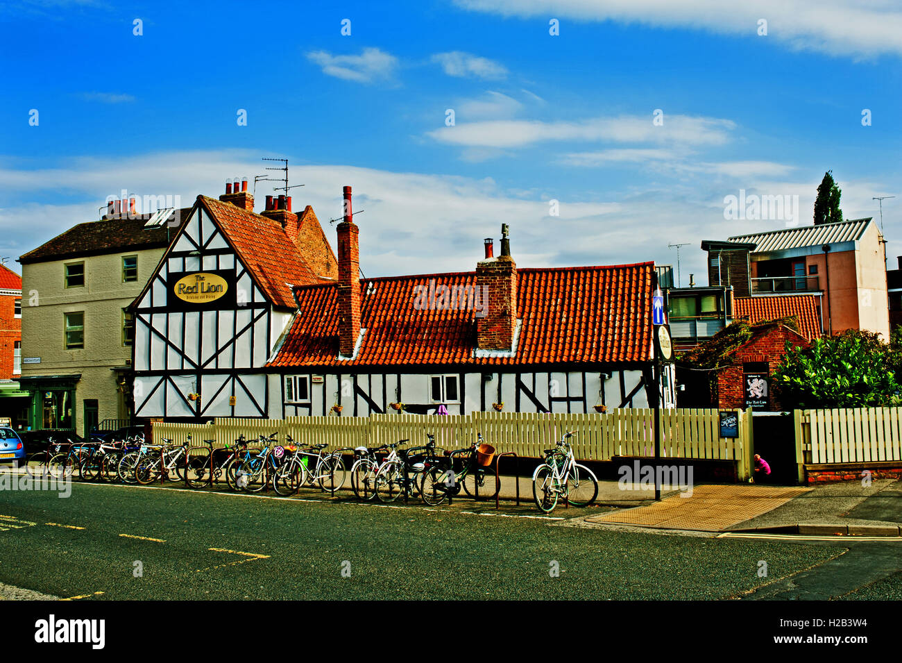 The Red Lion, Merchantgate, York - Stock Image