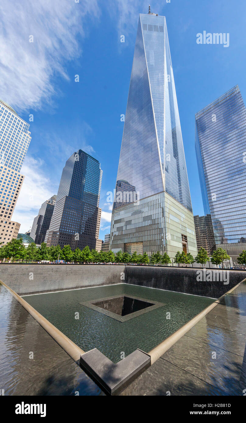 View of the North Pool, Reflecting Pool, and the Freedom Tower at Ground Zero. - Stock Image