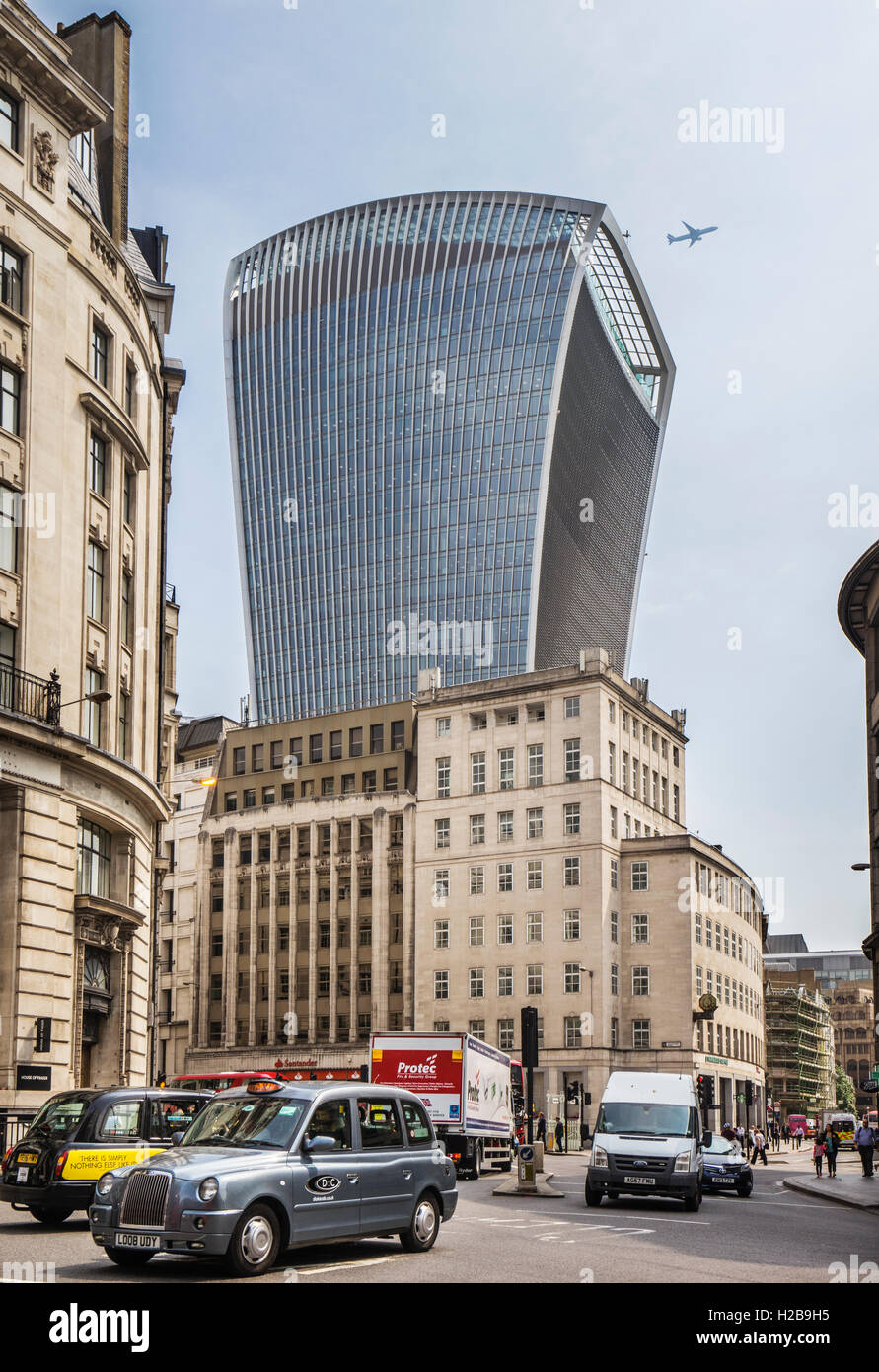 view of the controversial 20 Fenchurch Street building, nicknamed 'The Walkie-Talkie' - Stock Image