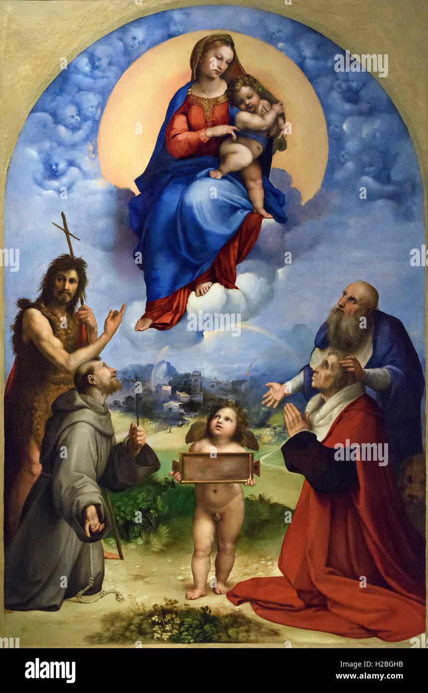 Raphael - Raffaello Sanzio da Urbino (1483-1520), Madonna di Foligno (1511-12). Pinacoteca Vaticana, Rome, Italy. Stock Photo
