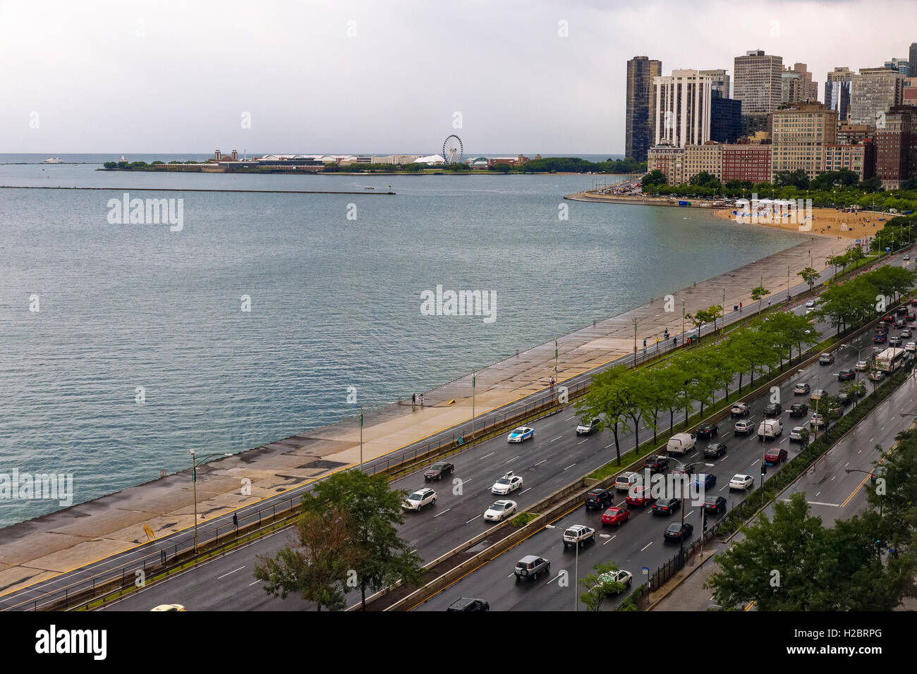 Lakeshore Drive, Navy Pier in the distance, Chicago, Illinois - Stock Image