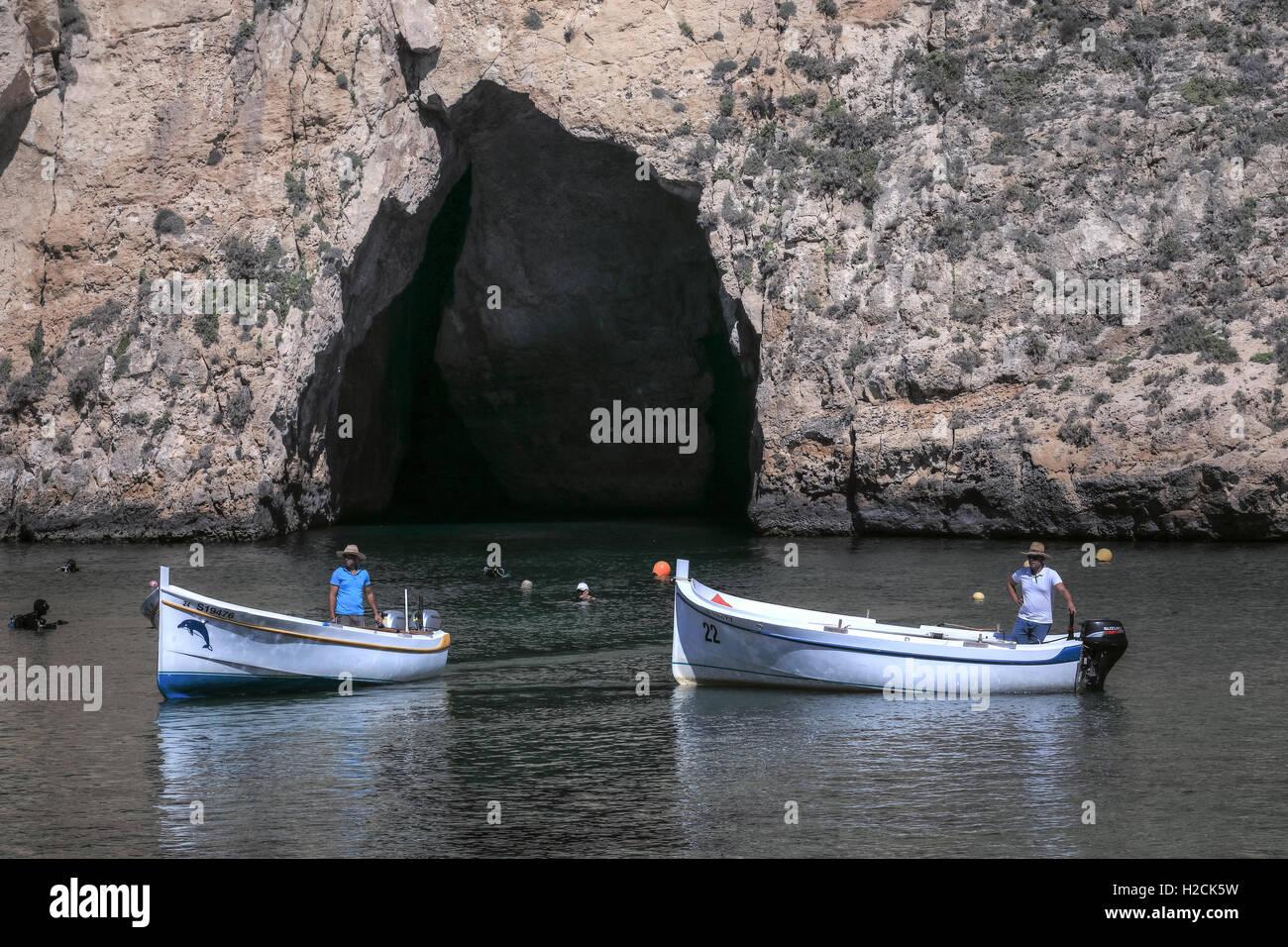 Inland Sea, Dwejra Bay, Gozo, Malta - Stock Image
