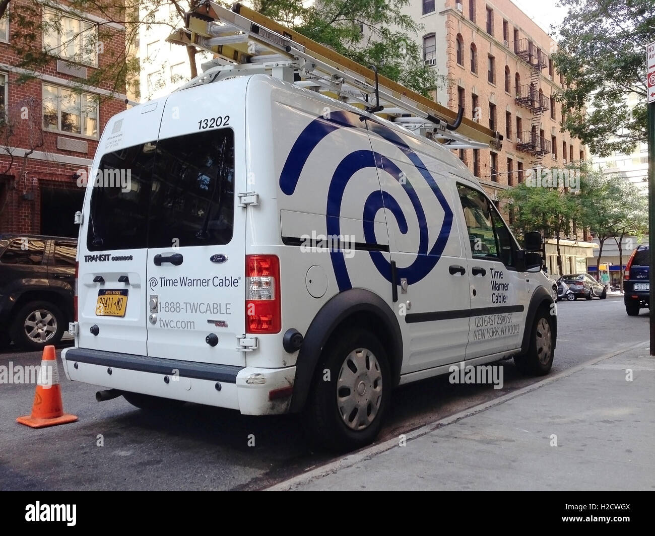 Twctime Warner Cable 888 Twcable: A Time Warner Cable van in the streets of Manhattan Stock Photo rh:alamy.com,Design