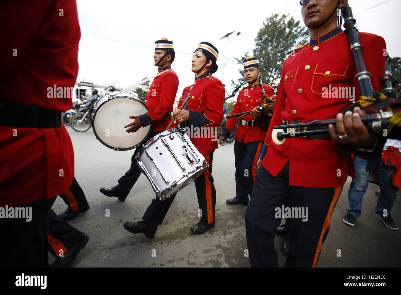 Kathmandu, Nepal. 27th Sep, 2016. Nepalese Army band play instruments taking part in a rally to celebrate the 37th Stock Photo