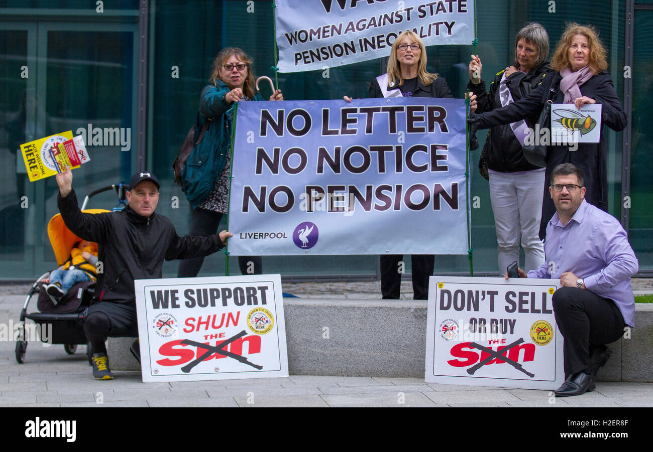 Liverpool, Merseyside, UK. 27th September, 2016. Don't buy the Sun newspaper campaigners lobby delegates. 27 - Stock Image