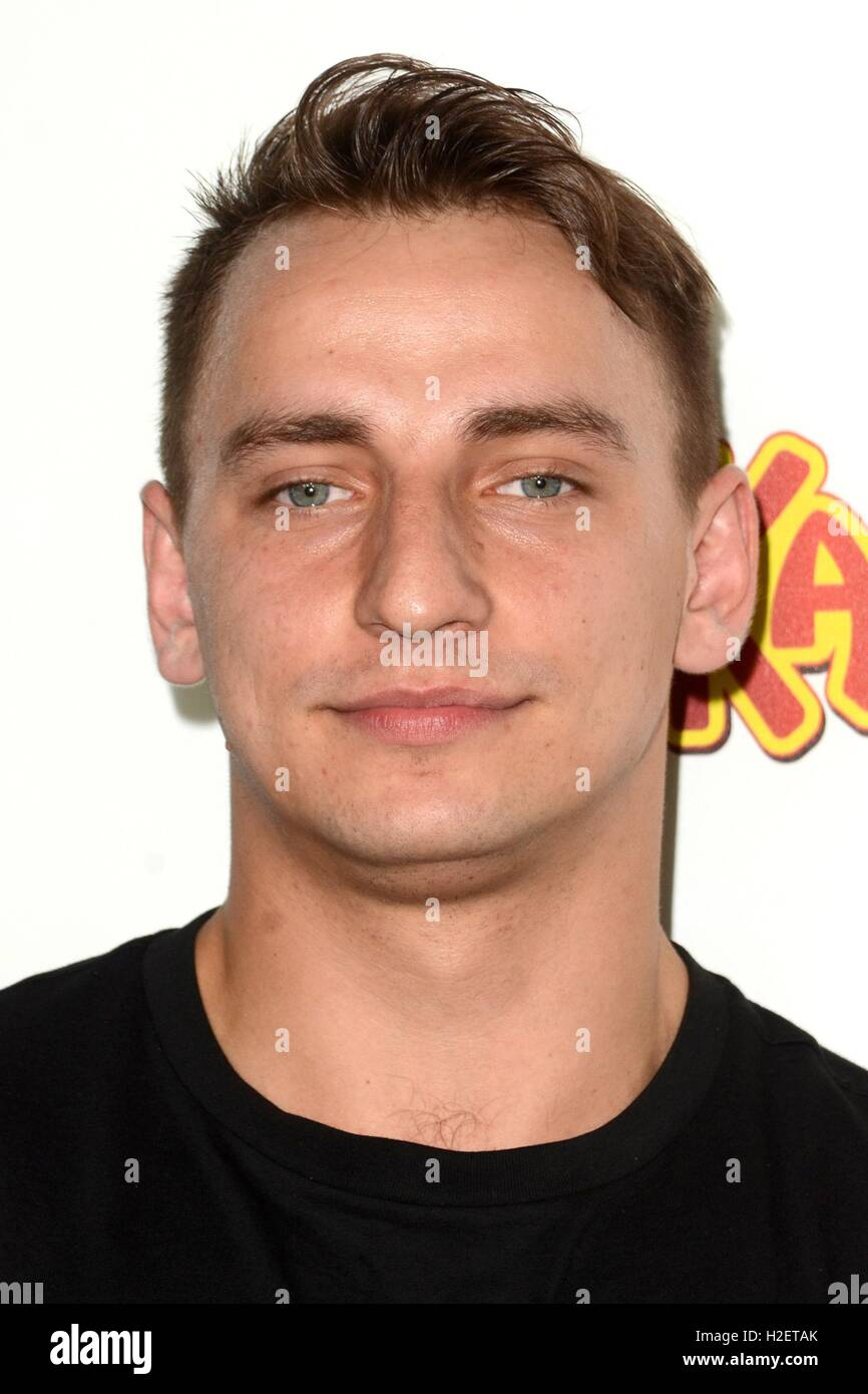 Los Angeles, CA, USA. 26th Sep, 2016. Vitaly Zdorovetskiy at arrivals for MASTERMINDS Premiere, TCL Chinese 6 Theatres - Stock Image