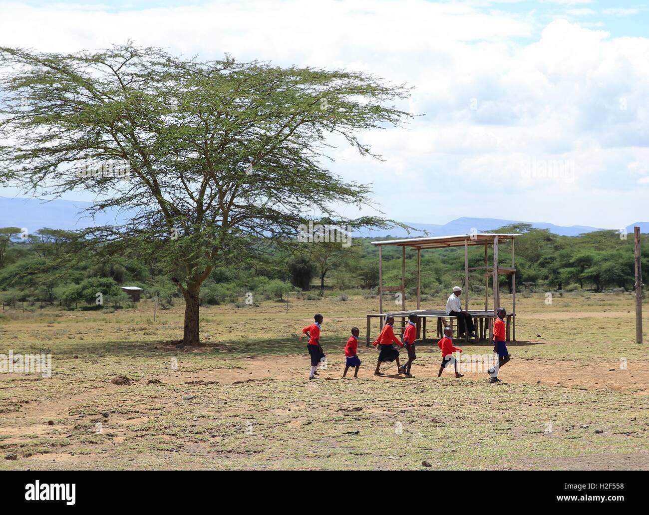 Kajiado, Kenya. 28th Oct, 2016. Students walk on campus at Olgumi primary school in Kajiado county, Kenya, on Oct. Stock Photo