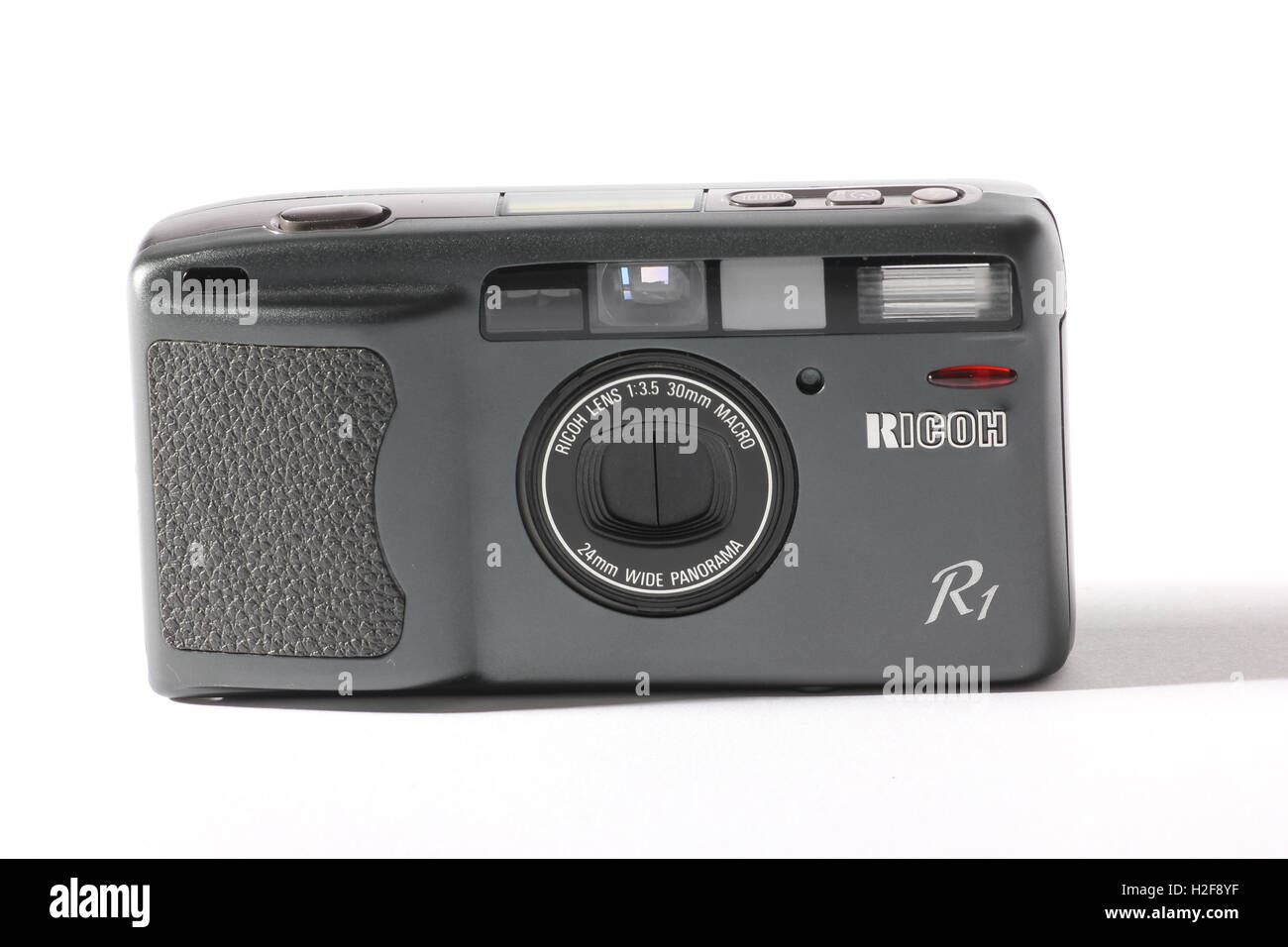 35mm Film Camera Stock Photos Images Alamy Ricoh Strap St 3 W Photographic On White Backgorund Image