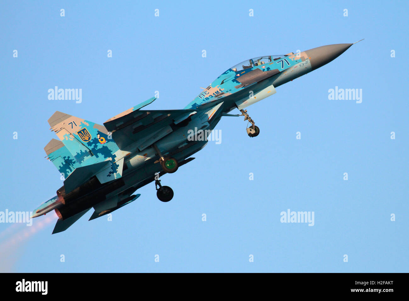 Ukraine Air Force Sukhoi Su-27UB Flanker jet fighter aircraft flying at an air display - Stock Image