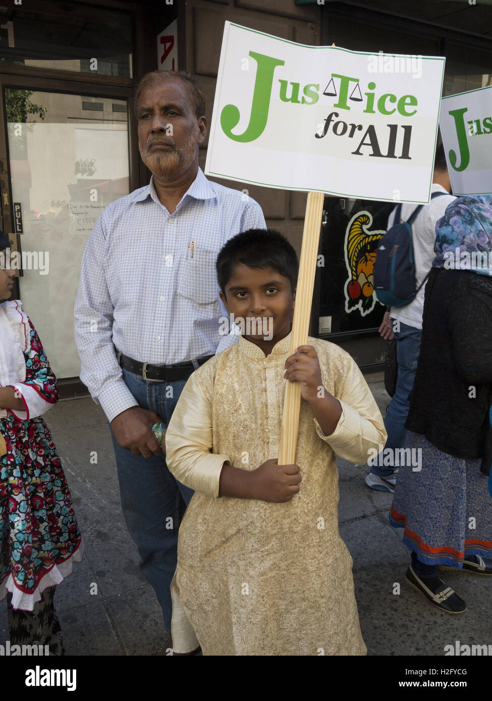 Bangladeshi families at the American Muslim Day Parade in New York City, 2016. - Stock Image