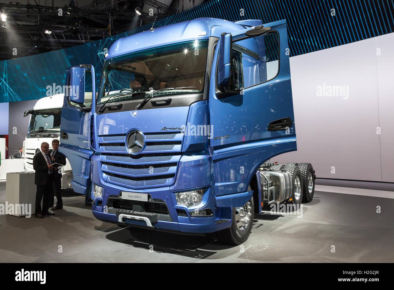 Mercedes Benz Actros 2648 LS semitrailer truck