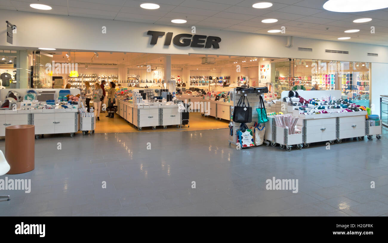 Tiger shop, Danish variety store or price point retailer