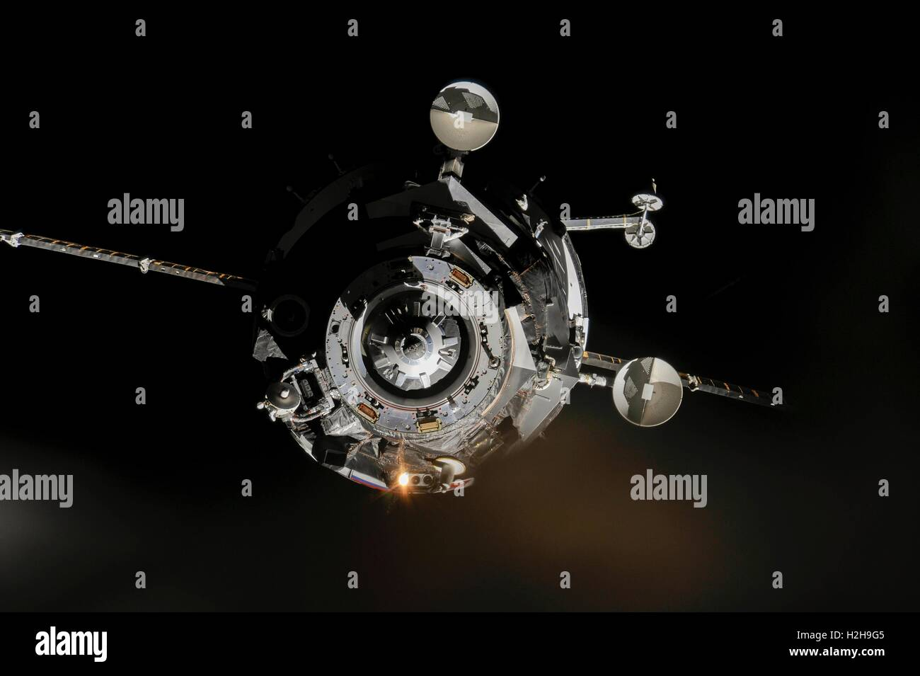 The Soyuz TMA-10M spacecraft approaches the NASA International Space Station September 25, 2013 while in Earth Orbit. - Stock Image