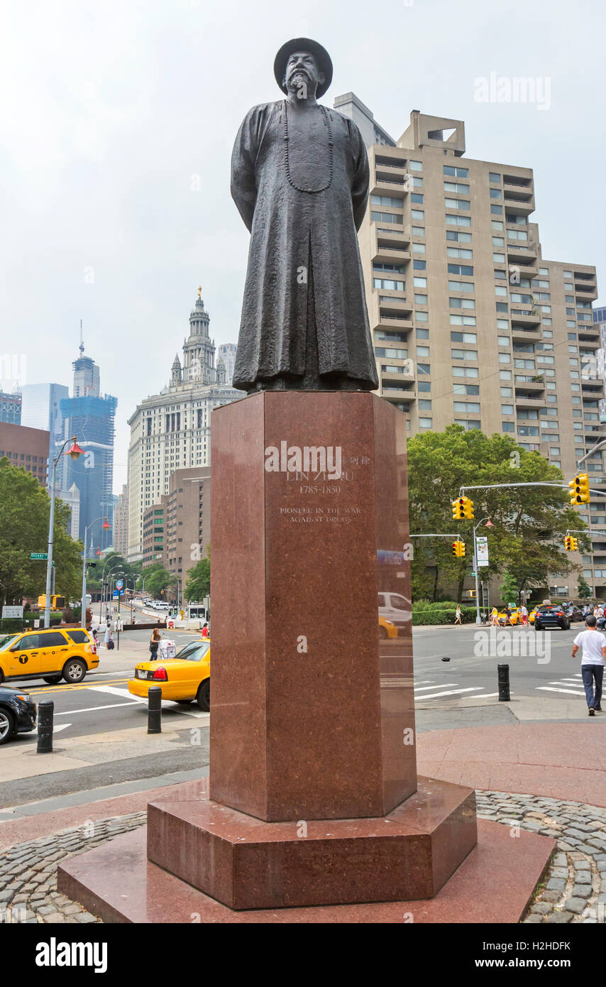 Statue of Lin Ze Xu in Chinatown, New York City. Stock Photo