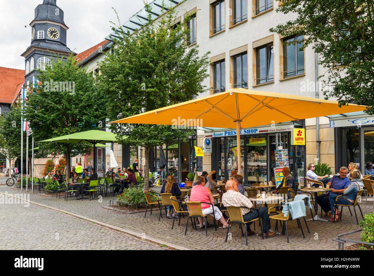 Pavement cafe in the town centre, Markt, Eisenach, Thuringia, Germany - Stock Image