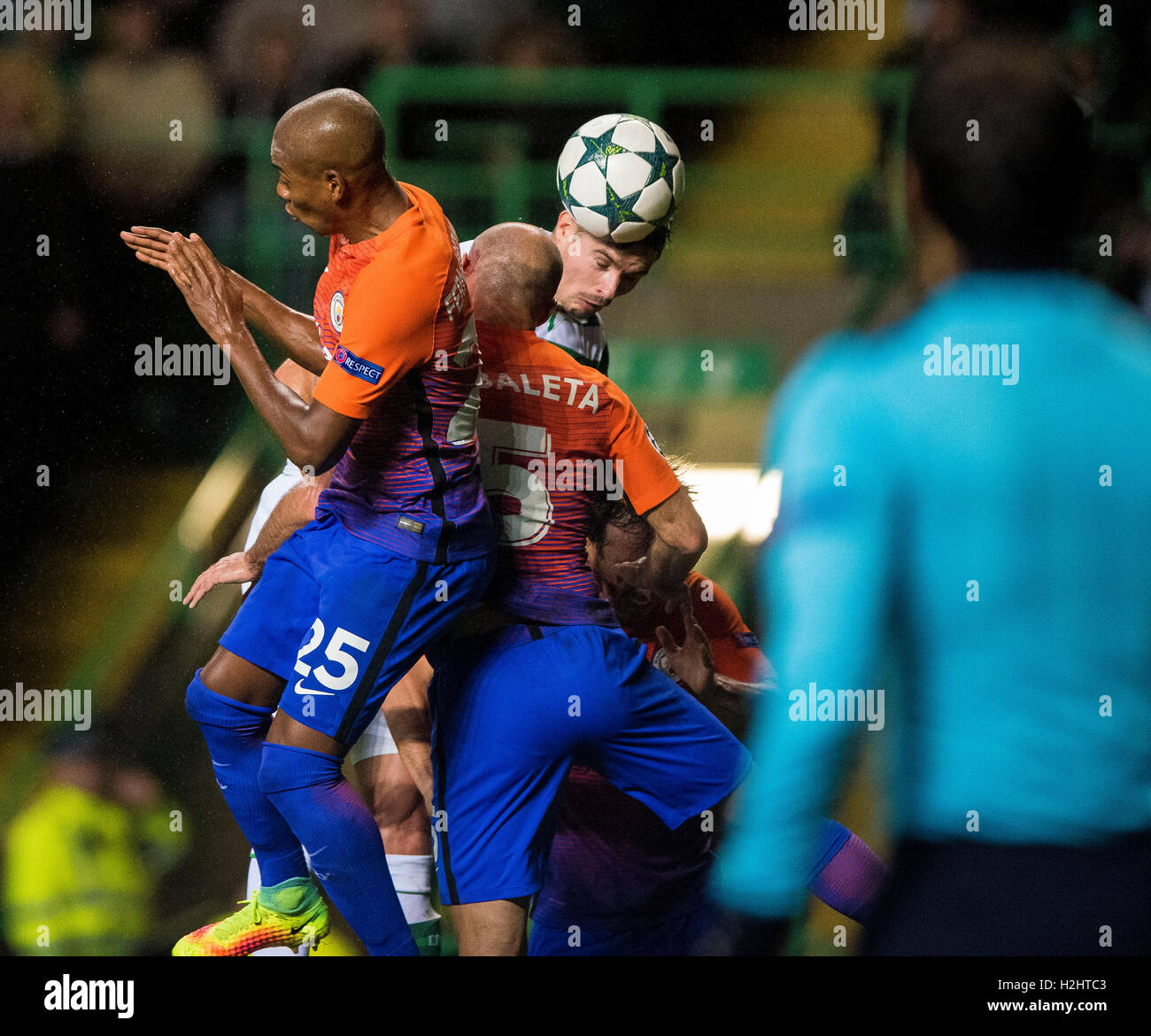 Celtic's Nir Bitton competes for the ball during the UEFA Champions League, Group C match at Celtic Park, Glasgow. - Stock Image