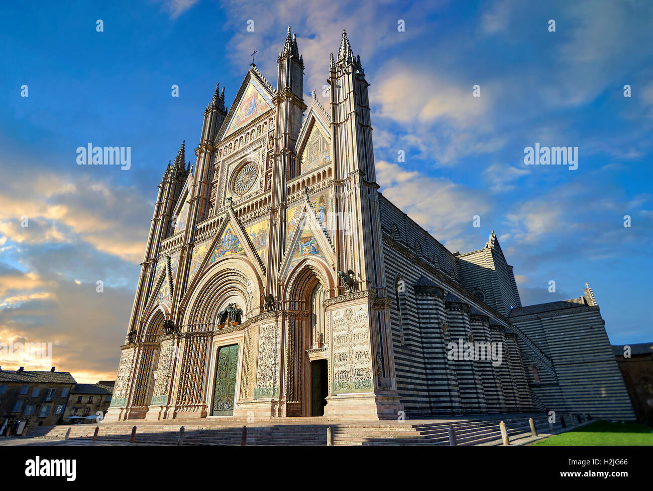 14th century Tuscan Gothic style facade of the Cathedral of Orvieto, Umbria, Italy - Stock Image