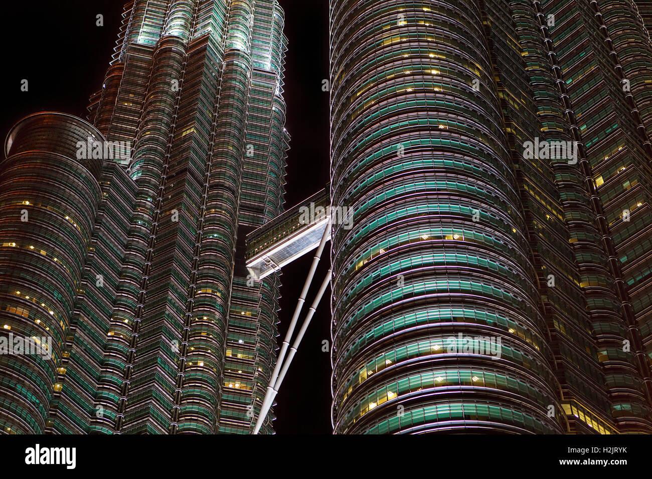 Skybridge on the Petronas Twin Towers in Kuala Lumpur, Malaysia. - Stock Image