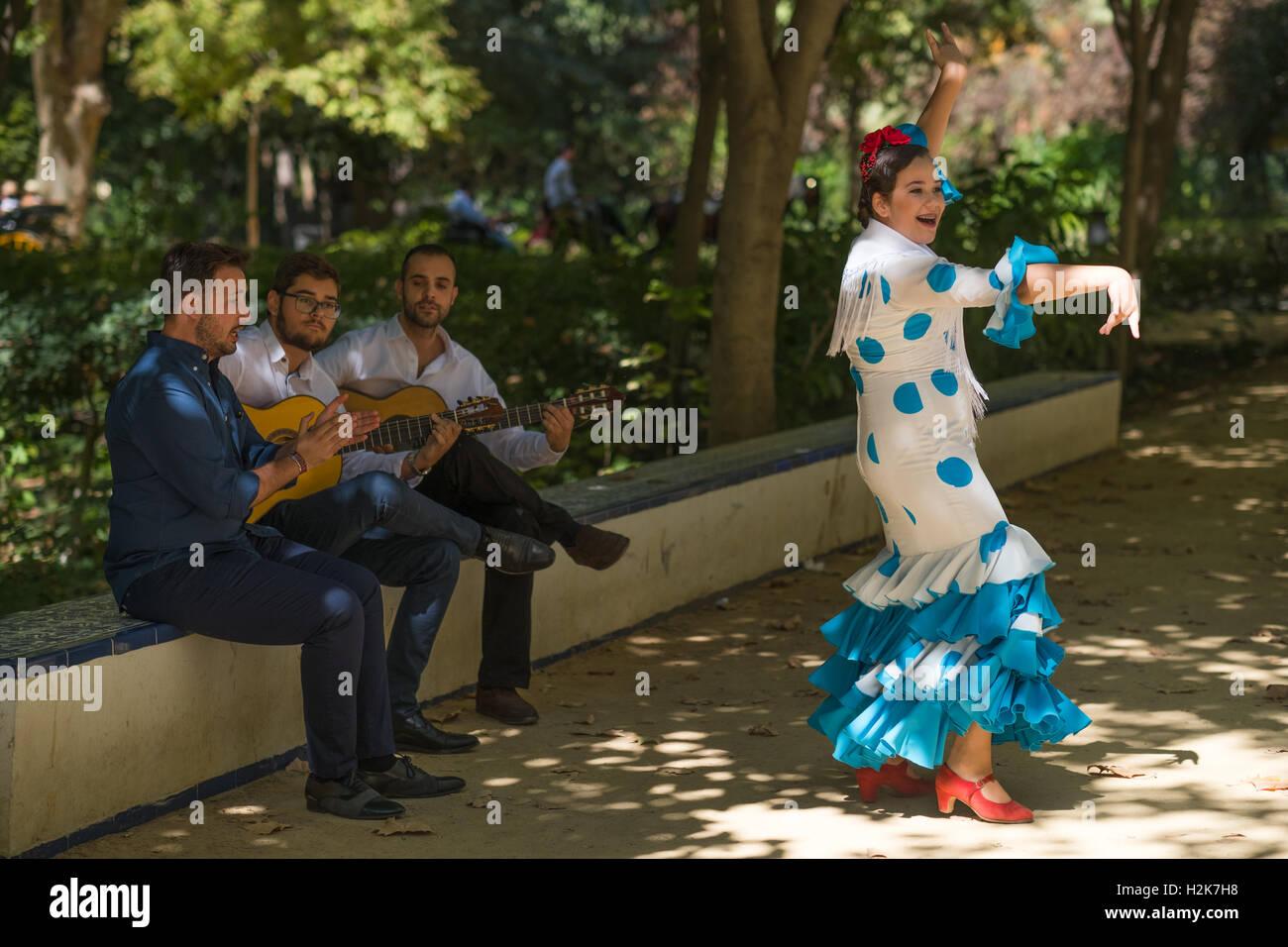 Musicians and flamenco dancer - Stock Image