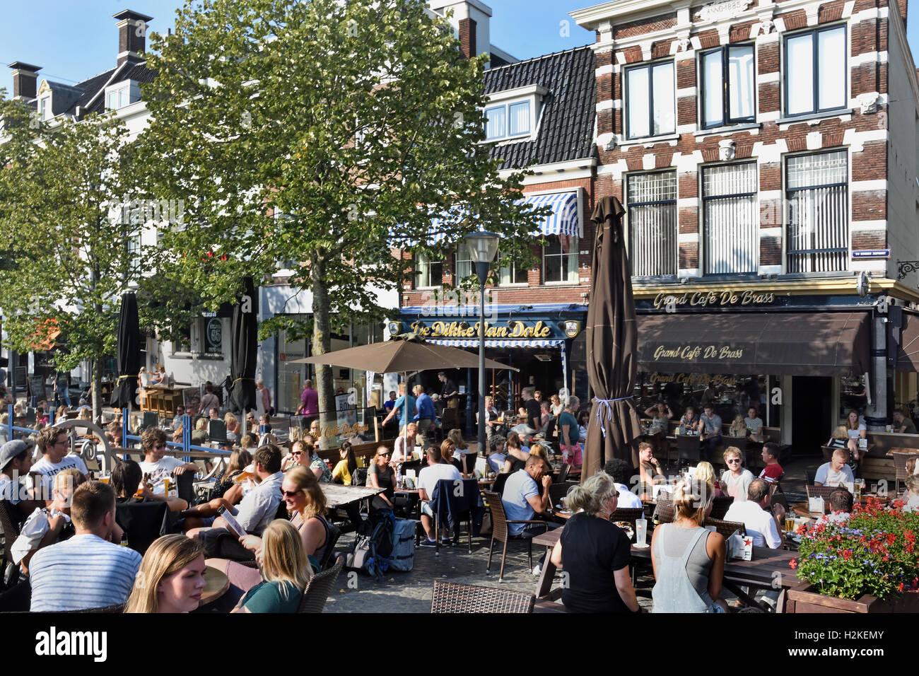Outside Cafe Bar Restaurant Cafe De Brass And Grand Café De Dikke