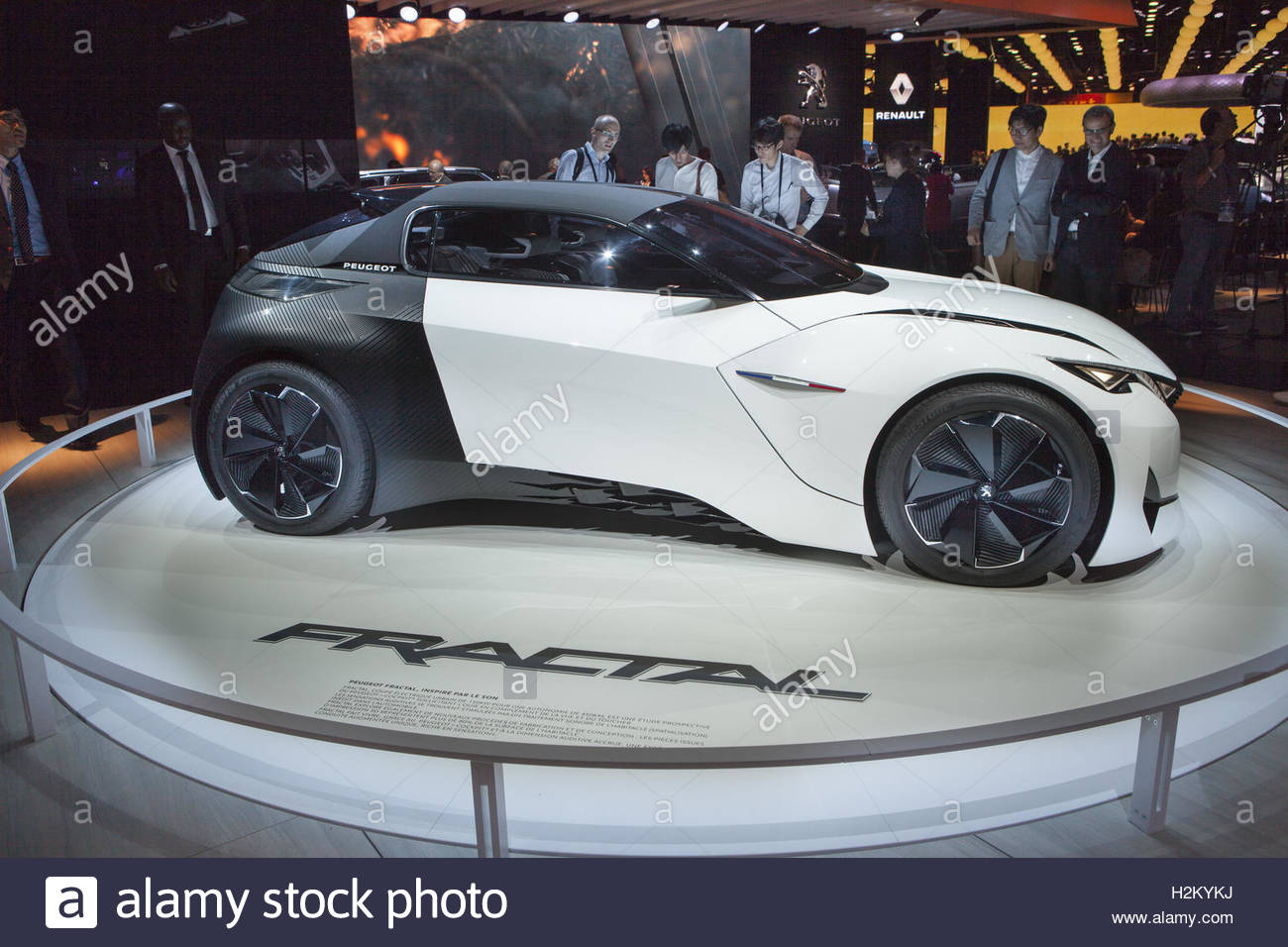 Paris, France. 29th Sep, 2016. A Fractal concept car is presented on the first day of the press days of the Paris - Stock Image