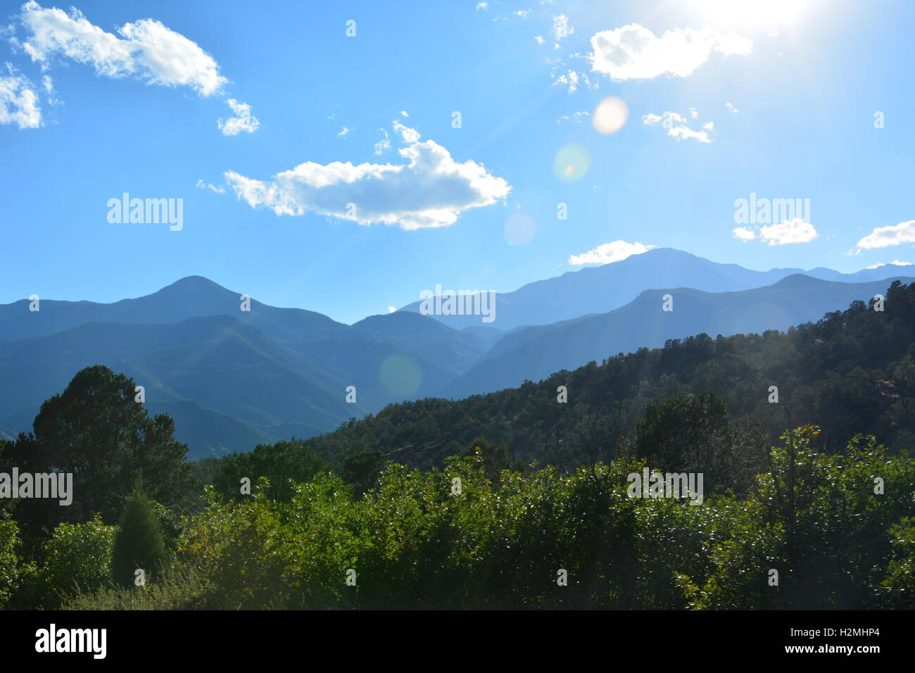 View of mountains near Garden of the Gods Park in Colorado Springs - Stock Image
