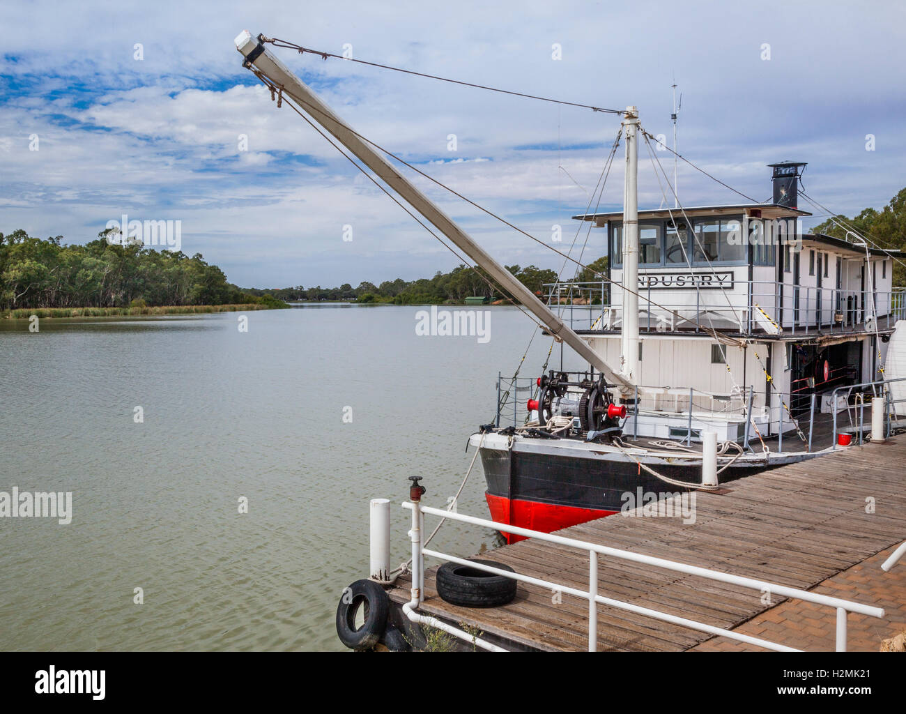 Renmark, South Australia, historic paddle wheeler steamboat 'Industry' at the Town Wharf of the Port of - Stock Image