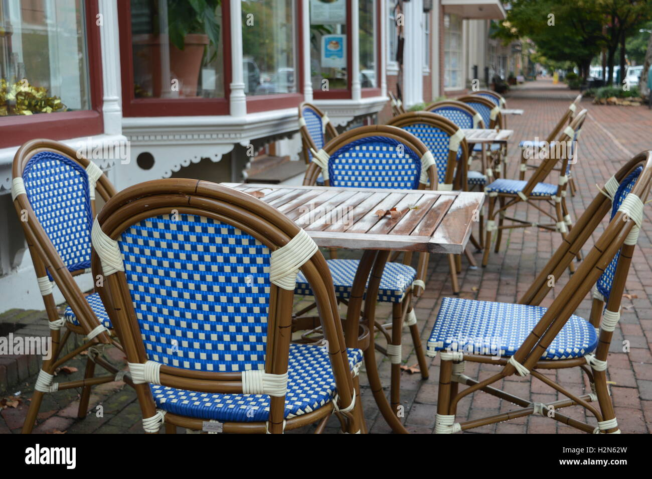 Woven Chairs Stock Photos & Woven Chairs Stock Images - Alamy