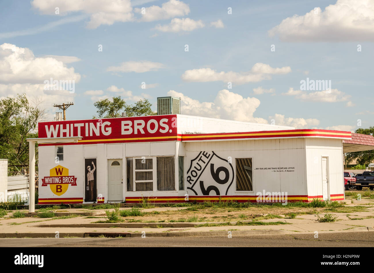 Refreshed Whiting Bros station on Route 66 Stock Photo