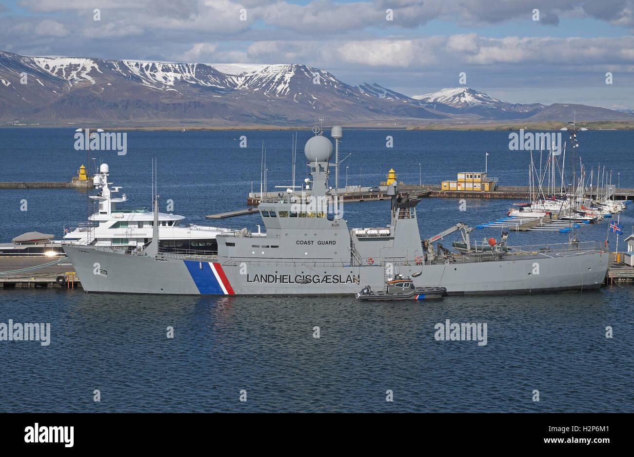 Icelandic Coast Guard vessel Landhelgisgæslan in Reykjavik harbour, Iceland. - Stock Image