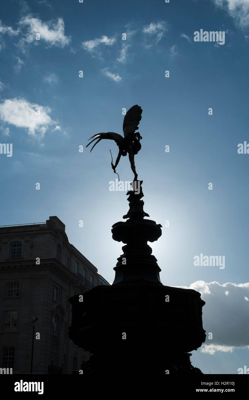LONDON, UK - MARCH 14: Silhouette of Alfred Gilbert's statue of - Stock Image