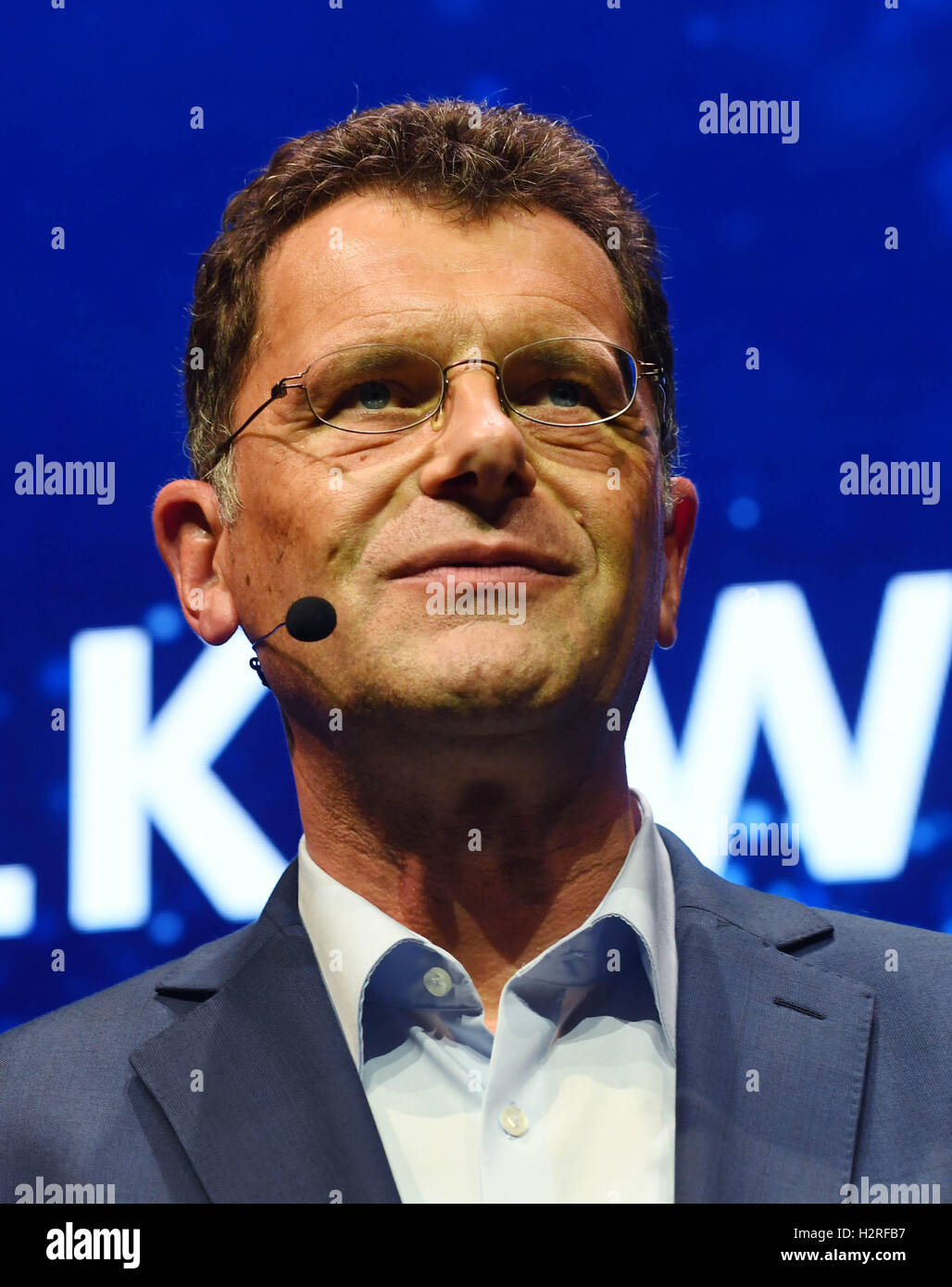 Hans-Gerd Bode, Head of Communications at Volkswagen (VW), at the VW Group Evening in Paris, France, 28 September - Stock Image