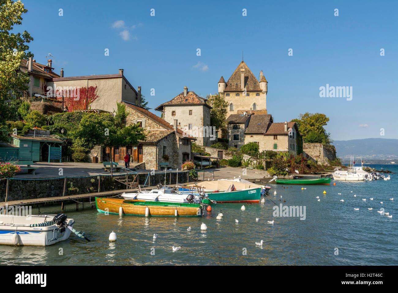 Old port on Lac Leman, Lake Geneva, Yvoire, Rhone-Alpes, Haute-Savoie, France - Stock Image