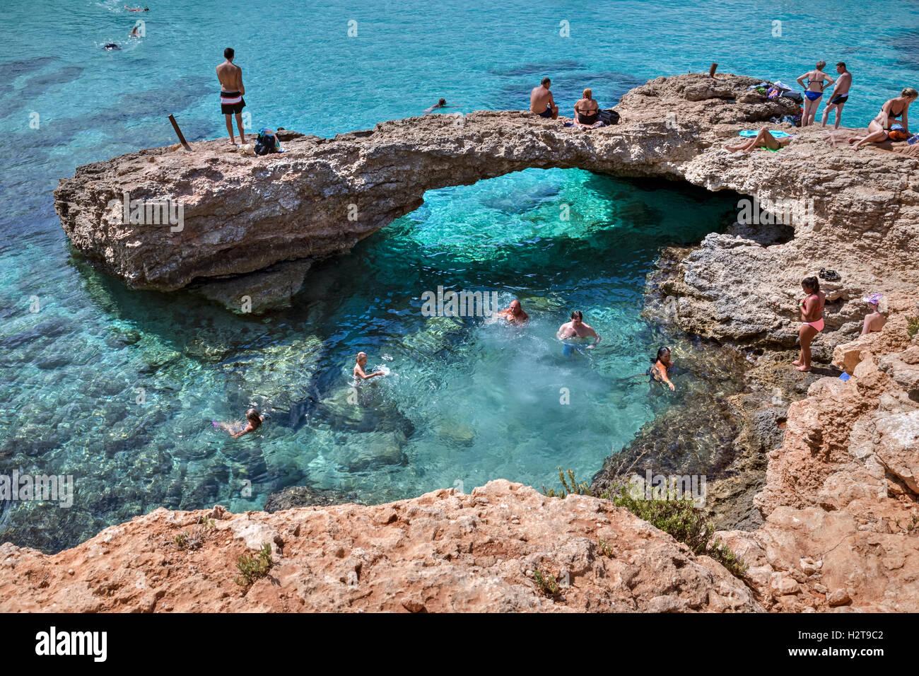 Blue Lagoon, Comino, Gozo, Malta - Stock Image