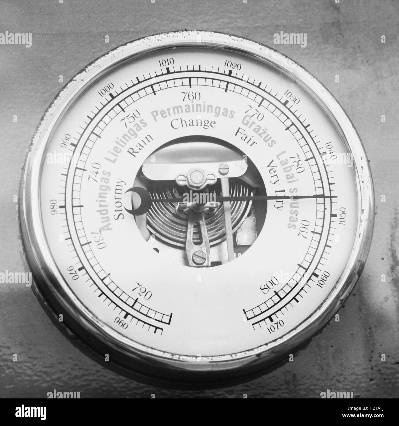 Old Barometer Stock Photos Amp Old Barometer Stock Images