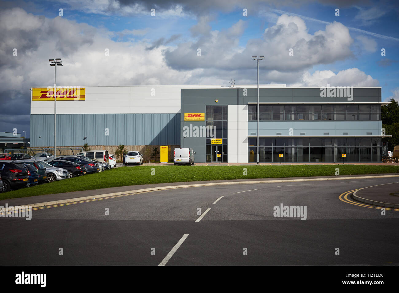 dhl service point manchester airport city dhl office space stock photo 122240082 alamy. Black Bedroom Furniture Sets. Home Design Ideas