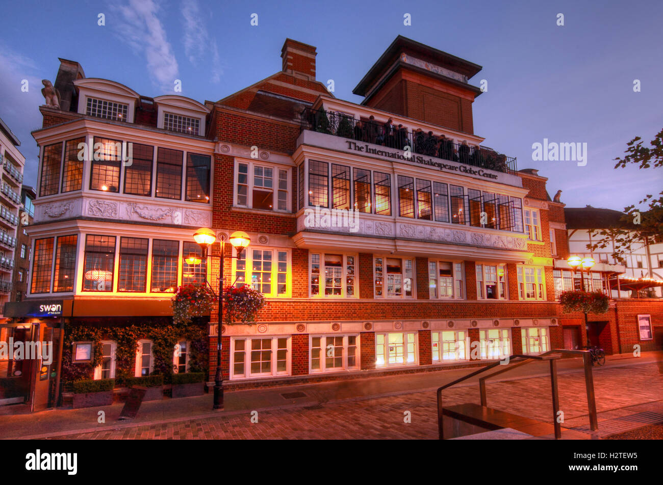 Shakespeares Globe Theatre, Bankside,Southwark,London at dusk Stock Photo