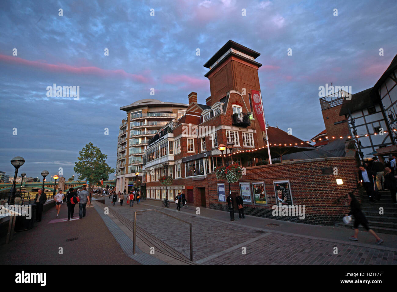 Shakespeares Globe Theatre, Bankside,Southwark,London at dusk - Stock Image