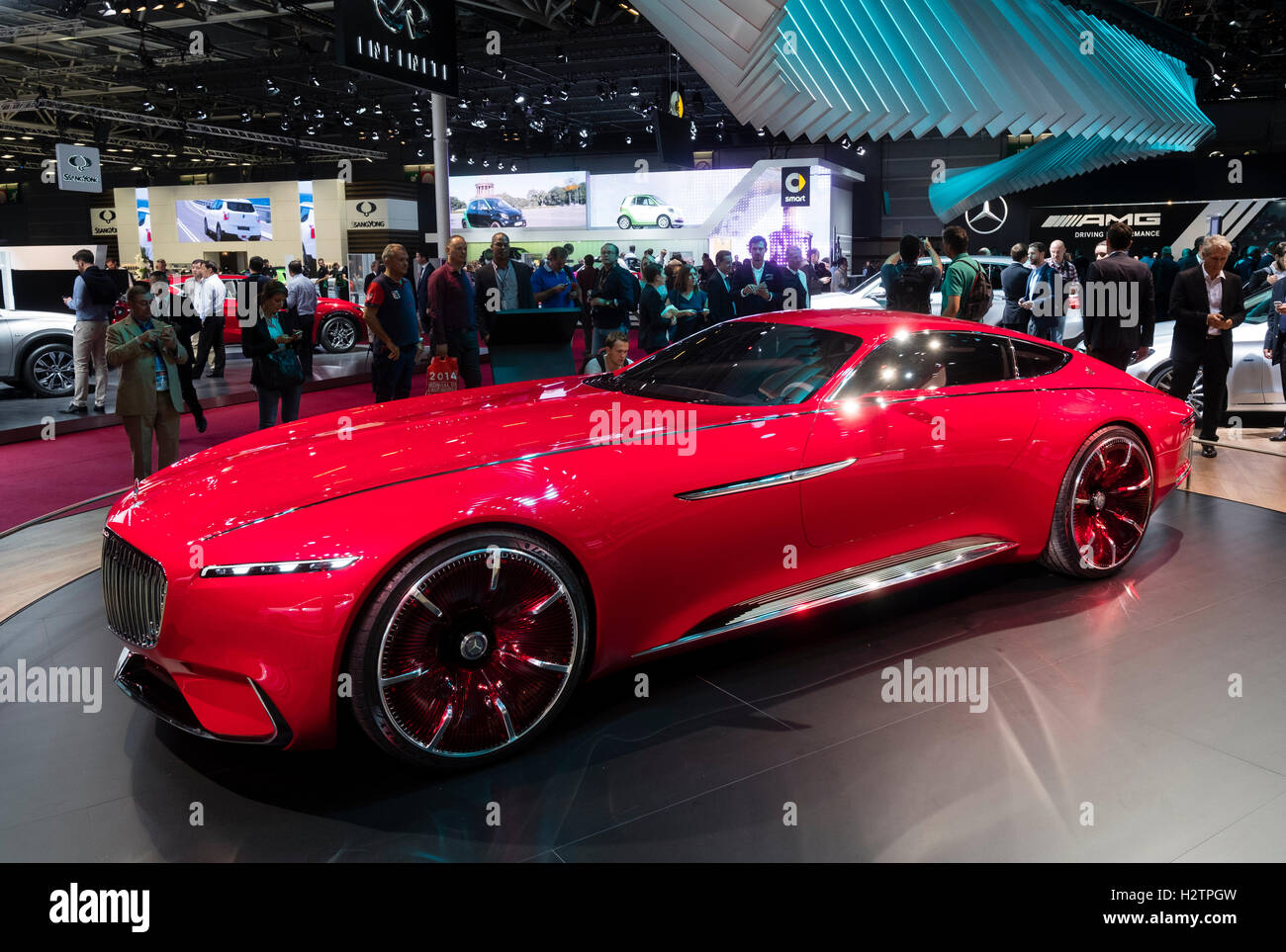 https://c8.alamy.com/comp/H2TPGW/vision-mercedes-maybach-6-concept-electric-all-wheel-drive-luxury-H2TPGW.jpg