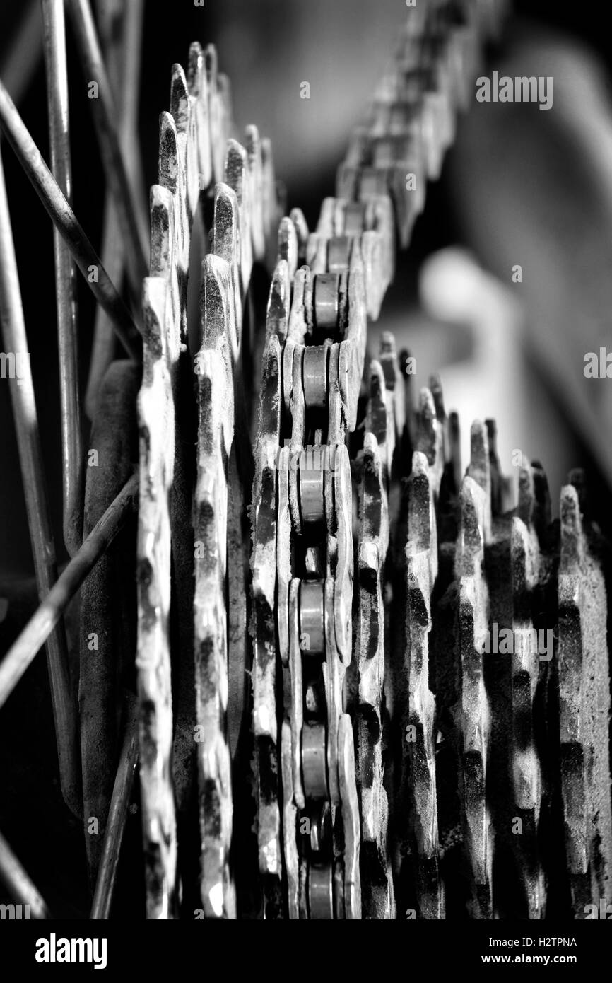 Bike chain links and cogs on mountain bike mtb fun and exercise - Stock Image