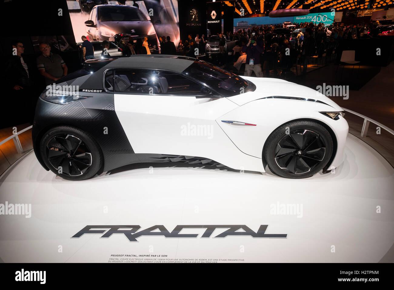 Peugeot Fractal electric concept car at Paris Motor Show 2016 - Stock Image